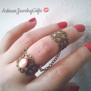 Pink Victorian Lady Cameo Armor Ring Chain Ring